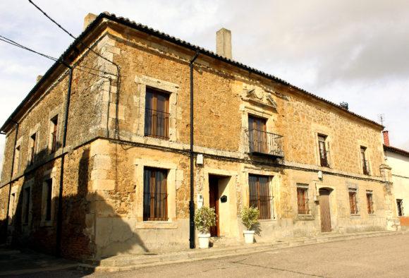 Palacio Conde Cervellón Villaherreros