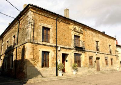 Casa Noble de la plaza del Campillo. / Foto: www.villaherreros.es